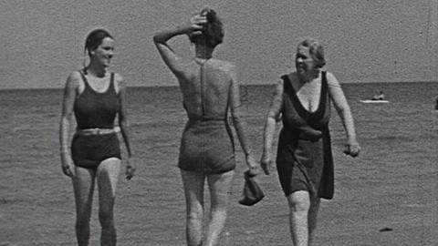 Pennefather Pictures Present Summer Holiday, Sheringham, 1933