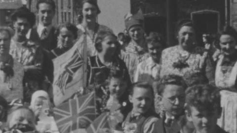 Street teas - Aberaman, after 1939-45 war