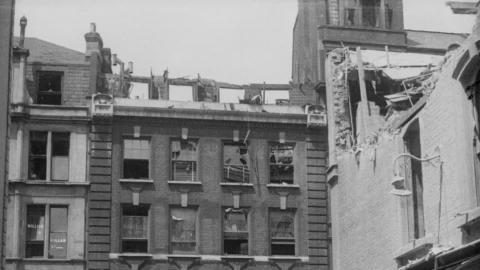 London: Air Raid, 1917