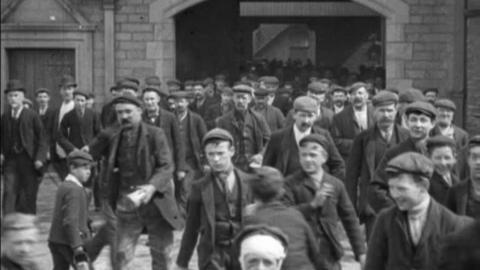 Workforce of Storey's White Cross Mills, Lancaster (1902)