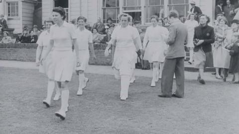 Women Cricketers: Kent V. Australia