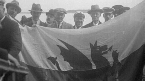 Welsh Wanderers Return