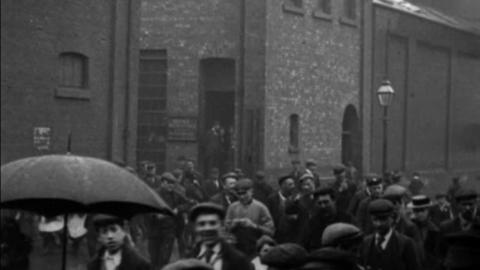 Employees Leaving Vickers, Sons & Maxim Works, Sheffield (1901)