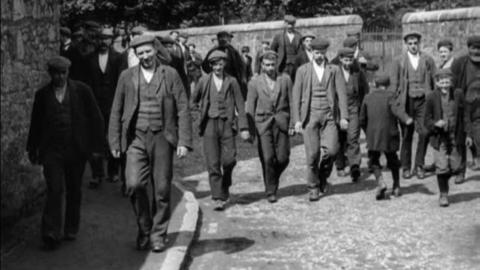 Workforce of Pollock's Caledonian Cabinet Works, Beith (1901)