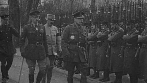 General Haig Visits General Joffre