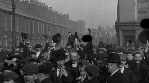 Turn Out of the Preston Fire Brigade (c.1901)