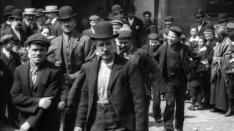 Workers at Berry's Blacking Works, Manchester (1901)