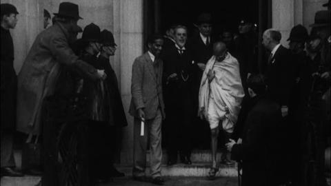 Gandhi in England  British Screen News No. 335