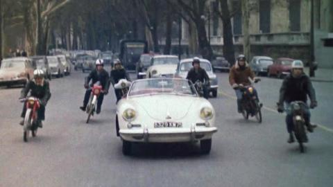 Musical Motorcycles - Cachito cha cha cha (Coursée)