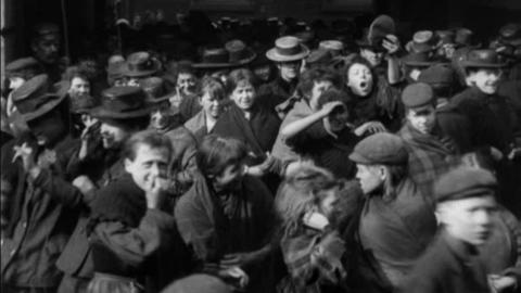 Employees Leaving Gilroy's Jute Works, Dundee (1901)