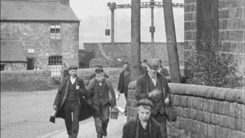 Workers Leaving Butterley Ironworks, Ripley (1900)