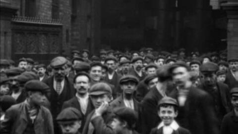 Employees of Marshall's Engineering Works, Gainsborough (1908)