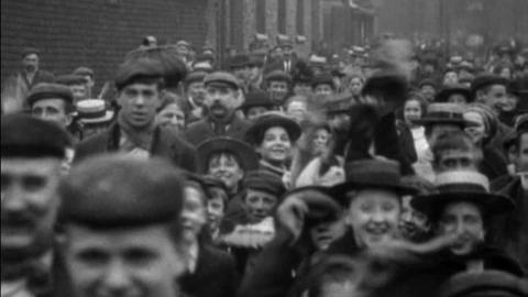 Operatives Leaving Messrs Pilkington Bros. Works, St Helens (1901)