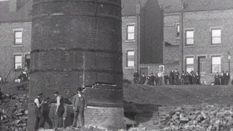 Demolition of a Mill Chimney in Leeds (1901)