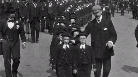 Blue Coat Children Marching to Curzon Hall, Birmingham (1901)
