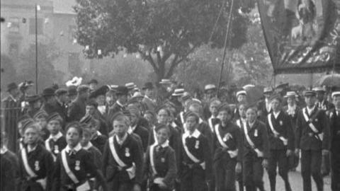 March Past of 20,000 Coventry Children (1902)