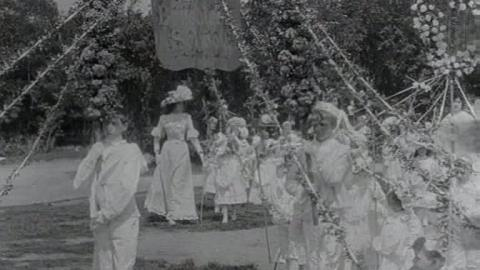 Warrington Walking Day Procession (1902)