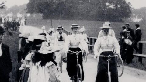 Lady Cyclists