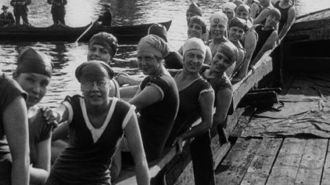 Women's Thames Swim